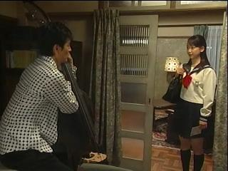 黒川智花ちゃんのミニスカ制服